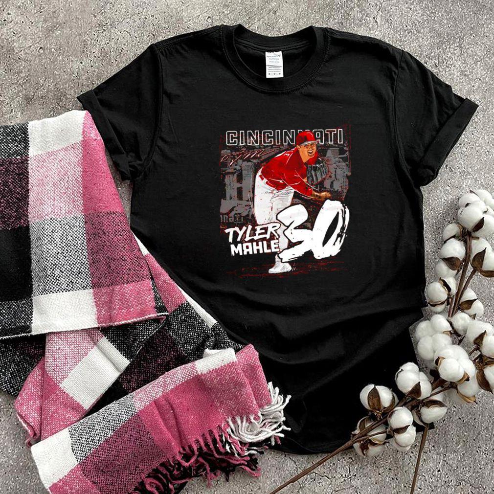 Cincinnati Baseball 30 Tyler Mahle throw ball signature shirt