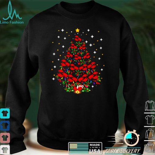 Crawfish pine tree merry christmas shirt