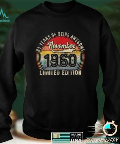 Official November 1960 Limited Edition Outfit Retro 61st Bday Gift T Shirt